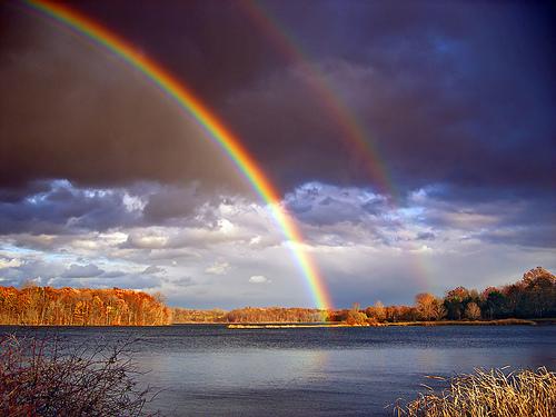 太陽と水の星・虹.jpg